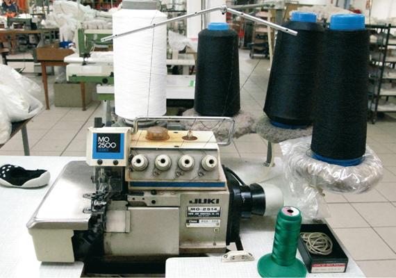 Fabrication: les Produits sont fabriqués dans notre usine